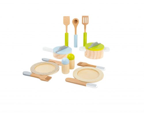 Service de table et lot de casseroles en bois